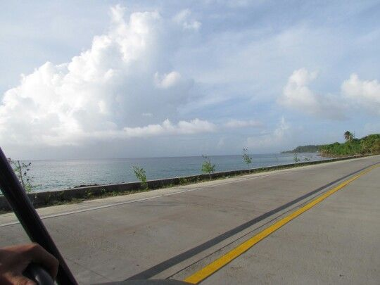 Dando la vuelta a toda la isla de San Andrés.