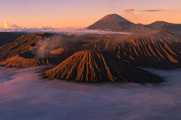 Jesse Estes goes Photographing Mount Bromo's amazing prehistoric landscape from the crater rim, down to the valley's incredible ash dunes.