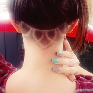 Fleek As F-ck #Undercut #NapeBuzz #BuzzCut #BuzzCutFeed #GirlsWithShavedHeads Thx @themadimay