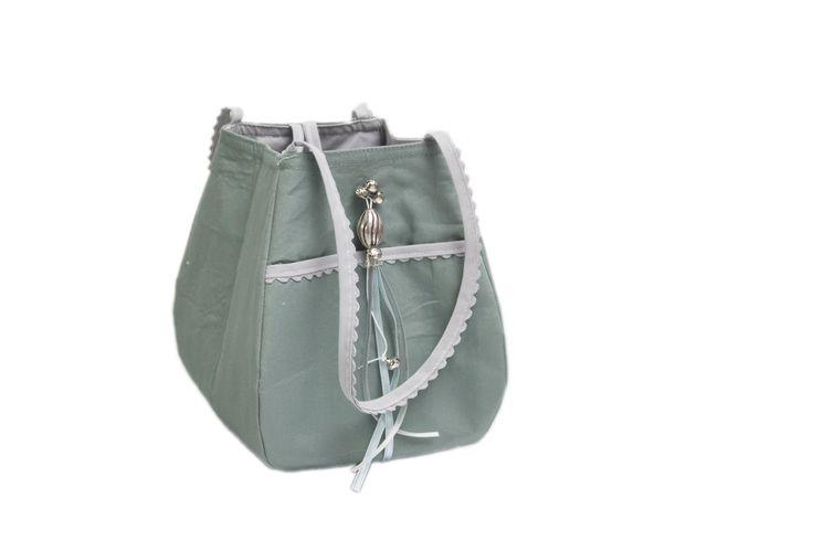 little storage bag /opbergtasje  #fabs world #storagebag # vintage green #oudgroen #opbergtasje #decoratie #inspirations #nursery #babyroom  shop:FabsStore.com