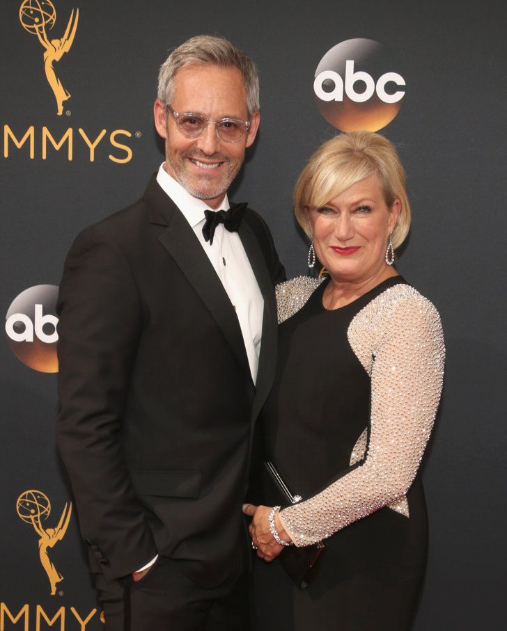 Hollywood Couples Raked In Some Cute Moments at the Emmys Michel Gill and Jayne Atkinson