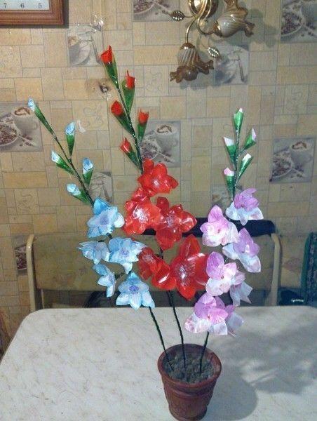 Пластиковые цветы для дачи своими руками фото 105