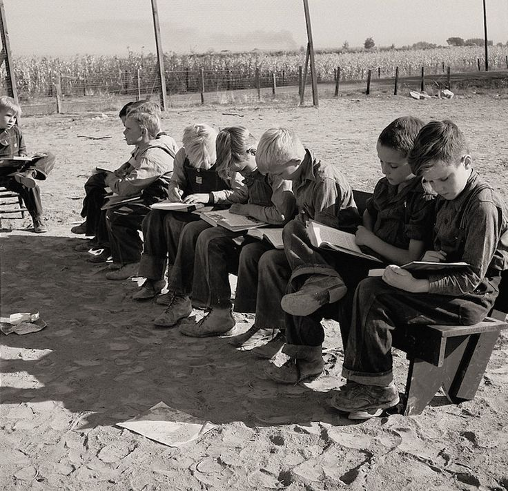 Dorothea Lange / ドロシア・ラング The History Place - Dorothea Lange Photo Gallery: Striving for Normalcy: Eight Boys at School