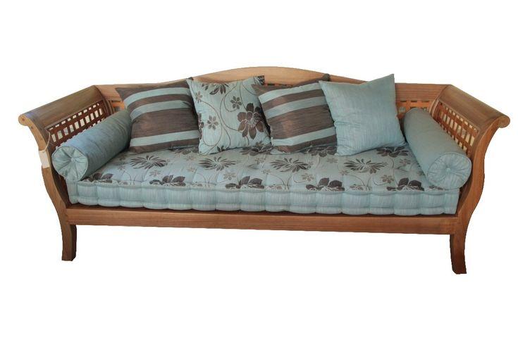 Resultado de imagem para sofa de madeira para area externa ...