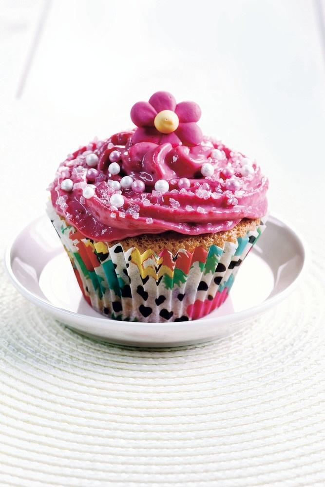 Vadelmaiset kuppikakut eli cupcakes   Muut makeat leivonnaiset   Pirkka #ystävänpäivä #valentine #valentinesday