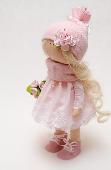 Bella Doll-Handmade Doll-Textile por BroderieLittleCorner no Etsy