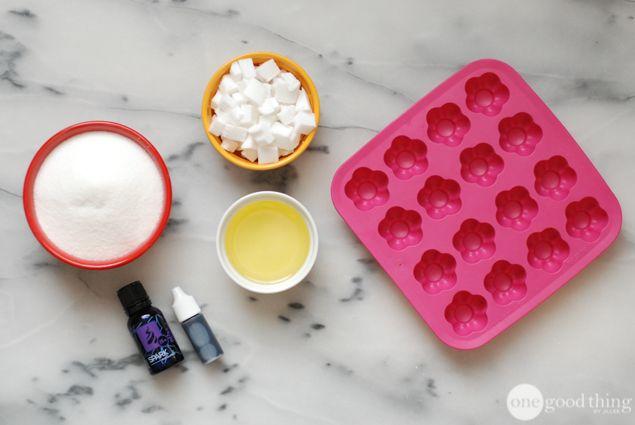 Make Your Own No-Mess Exfoliating Sugar Scrub Cubes