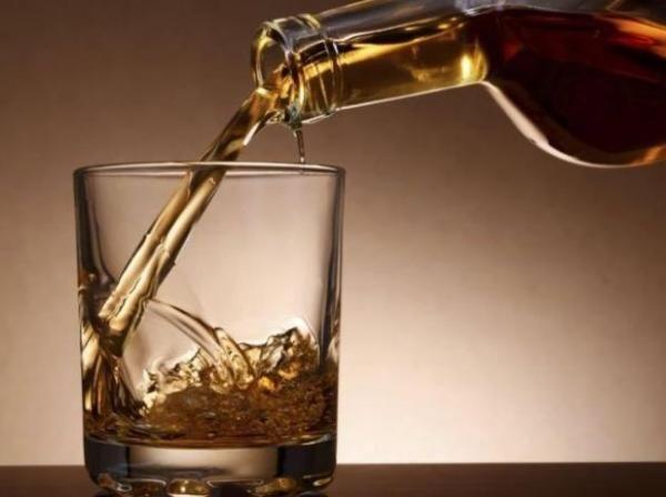 Alasan Kenapa Peminum Minuman Beralkohol Mudah Alami Memar