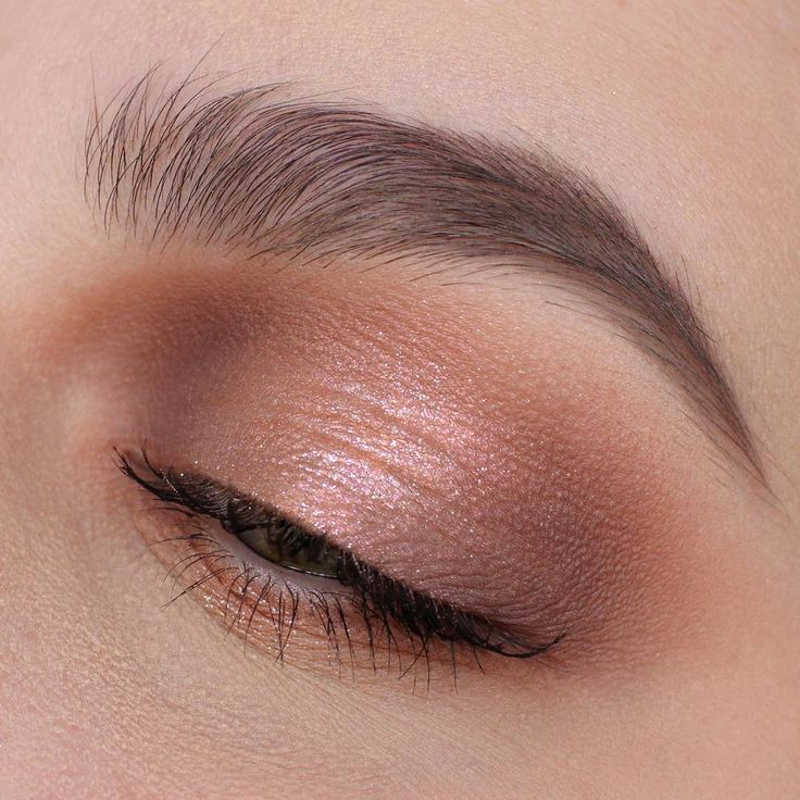 """7,132 Likes, 16 Comments - NABLA Cosmetics (@nablacosmetics) on Instagram: """"The delicate duochrome sheen in this eye makeup by @lavieencosmetiques looks like true magic ✨ She…"""""""