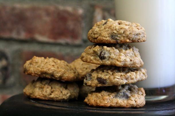 Dark Chocolate Chip Oatmeal Cookies | Just Desserts | Pinterest