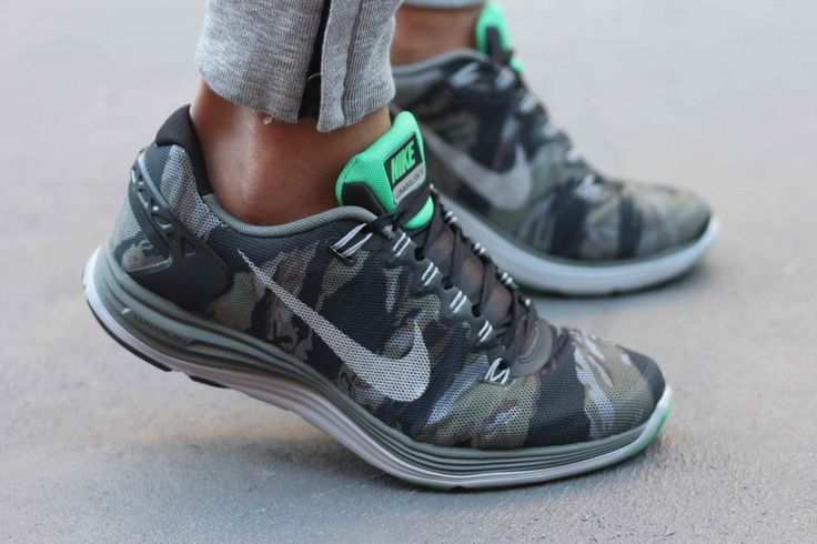 omg! camo nike's!!  I want one! #camo #nike #runningshoes For more Cute n' Country visit: www.cutencountry.com and www.facebook.com/cuteandcountry