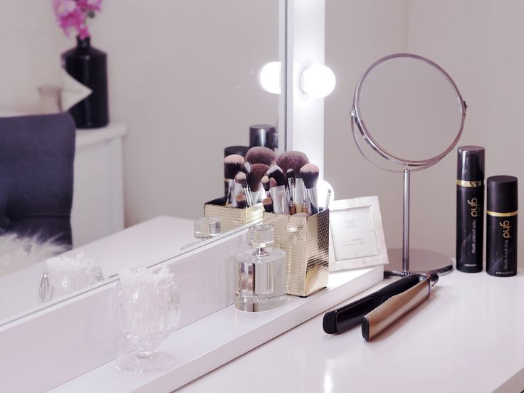Our Hollywood Mirror Makeup Mirror  as seen on apartmentnumber4.com SHOP NOW at https://www.hollywoodmirrors.co.uk/products/makeup-mirror-with-lights-around-it | Hollywood Mirror In White Gloss | Makeup Mirror with Lights | Dressing Table Mirror with Lights | Vanity Mirror with Lights | Illuminated Makeup Mirror | Holllywood Mirror UK | Light Up Makeup Mirror | Hollywood Mirrors