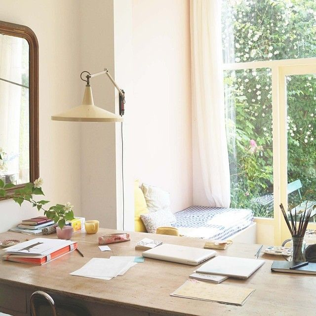 What a beautiful space!  The home of Saar Manche, via Little Green Shed.
