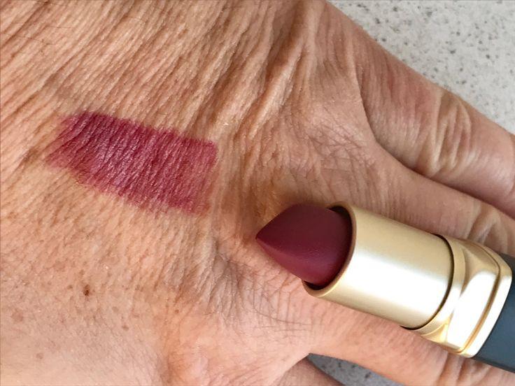 Werbung (durch Produktnennung) Hallo meine Lieben, wie die meisten von euch wissen, trage ich fast täglich Lippenstift. Deshalb ist es höchste Zeit, meine Erkenntnisse und Erfahrungen zu verschiede…