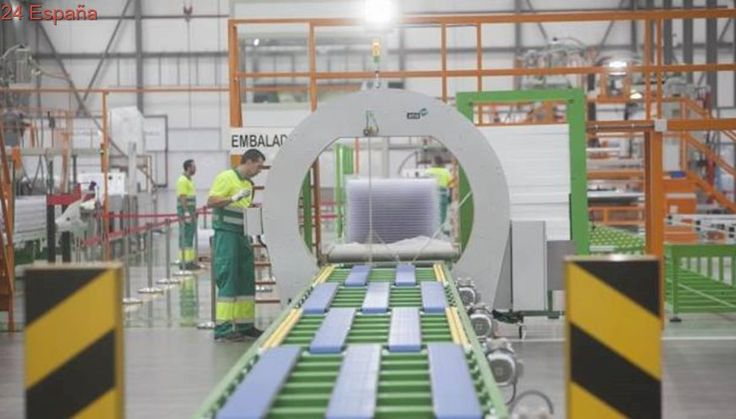 El sector manufacturero crece en agosto al ritmo más lento del último año