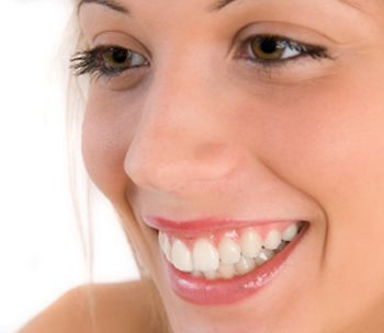 Tips to How Use Baking Soda as Teeth Whitener