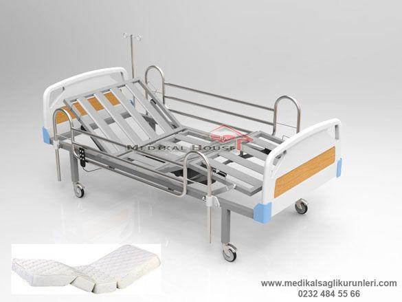iki motorlu kumandalı pozisyon veren hasta yatakları