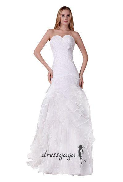 Beautiful Wedding dresses are every girl's dream! #weddingdress #dresses #bridal #wedding.