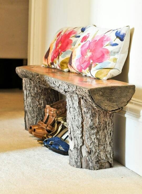 Rustic log bench - Want something like this at the end of the driveway to sit on while waiting for the school bus.
