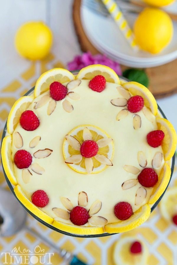 This Skinny Lemon Raspberry Cheesecake Trifle takes just 10 minutes to prepare and tastes like summer! The perfect easy dessert recipe for any occasion! | MomOnTimeout.com