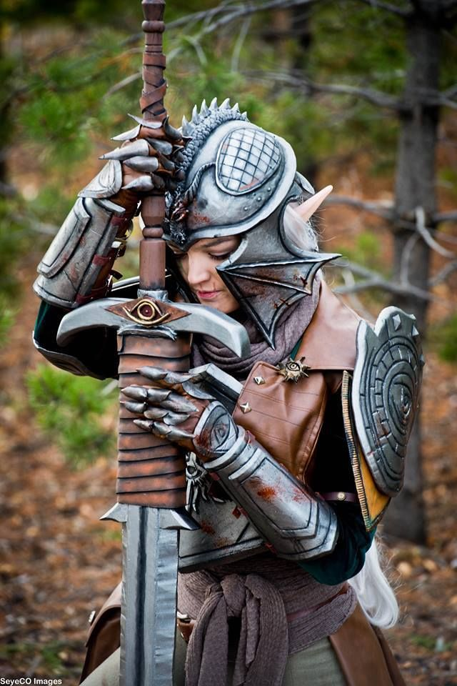 The Inquisitor from Dragon Age Cosplayer: Morgothia Cosplay