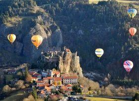 Classé parmi les « Plus Beaux Villages de France », Arlempdes a accueilli le premier château de la Loire.    Tourisme en Auvergne. Découvrez Arlempdes en Haute-Loire  : http://www.auvergne.fr/article/arlempdes