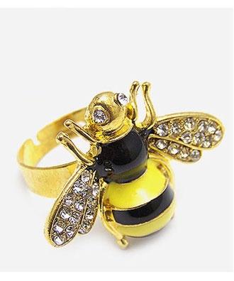 Cute Bee ring ..........