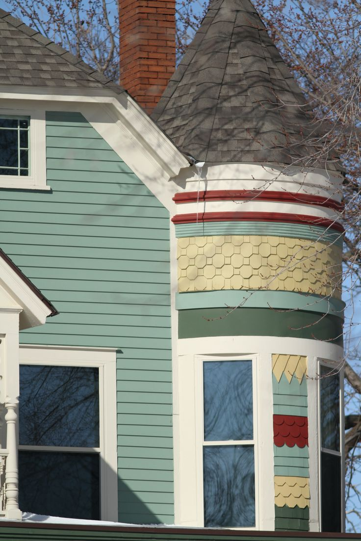 Love These Paint Colors On This Victorian Home.