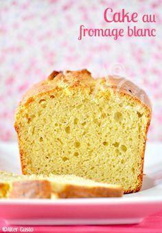 Un cake… Je trouve que c'est la recette parfaite pour bien commencer l'année. En tout cas, pour moi ! Vous le savez bien, depuis le temps… Le cake, c'est mon chouchou ! 2017 n'y changera rien. Je vous propose une recette...