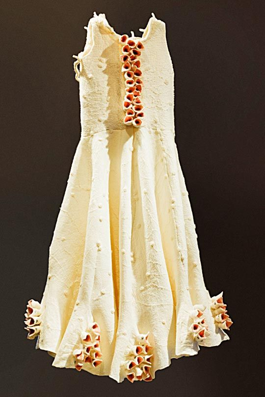 textile artist astrid polman dress with potency 2 Astrid Polman Interview: Embroidery on paper