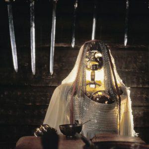 Kultanainen Ilmarin tuvassa