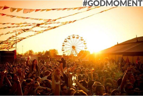 'Festivals! Ze zijn gewoon fantastisch, iedereen is vrolijk en gezellig, écht iedereen… je maakt mega veel godmoments mee' #partytime' (Ivar, 23) #Godmoment