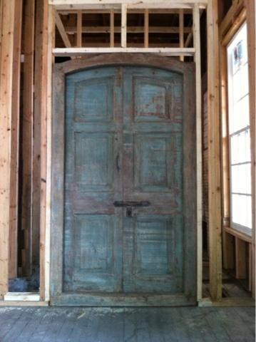 The Magnolia Mom – The Magnolia Mom  I love this door!