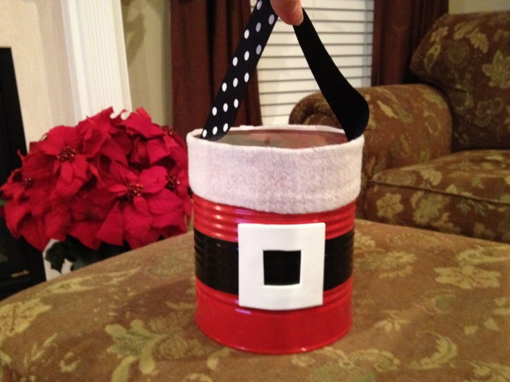 221 best tin can diy images on pinterest bricolage for Decorating tins for christmas