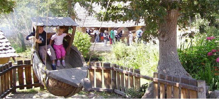 Jeux pour enfants au Village Gaulois de Pleumeur-Bodou - www.levillagegaulois.org