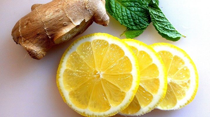 Это домашнее лекарство не только укрепит ваш иммунитет, но и очистит ваше горло, если вдруг начался кашель или осип голос.
