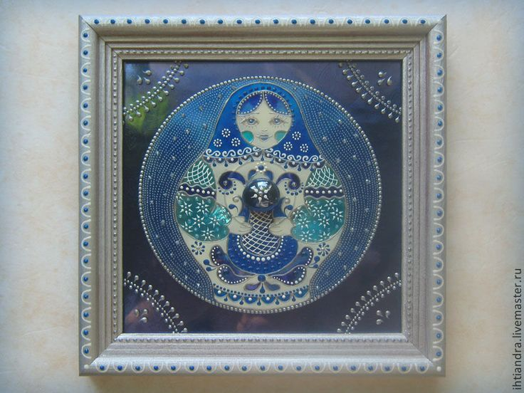 Купить Матрёшка Синеглазка Панно с витражной росписью на диске - Витражная роспись, витражное панно