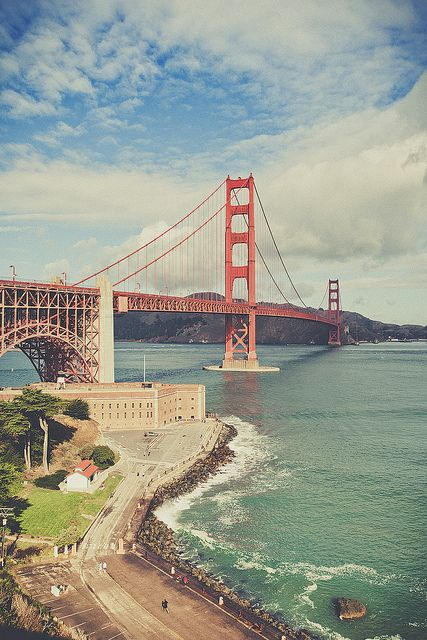 Golden Gate Bridge, San Francisco. Road trip! What do you think?! @Jennifer Dodds Haywood @daily planet Haywood
