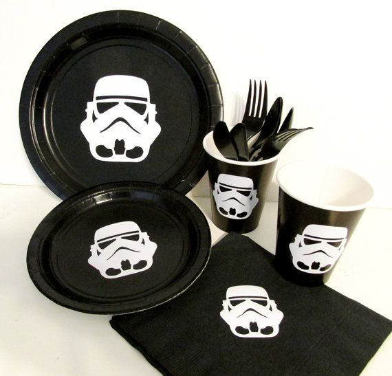 Star Wars Party Decorations Complete Party Set by PimpYourParty