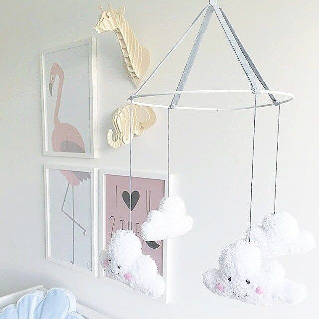 Beautiful pic of little Ebbas sleeping corner  My •COSY CLOUD• mobile together with other cute things looks very soft and inviting Thanks for letting me share this pic sweet @linncharliejohansson  #kreativkaka #babymobile #clouds #cloudmobile #cosy #cosyclouds #baby #newborn #babyinspo #babyroom #babynursery #nureseryinspo #nursery #softpastel #barnrumsinspo