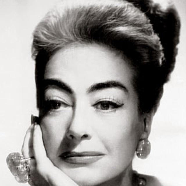 : Google Image, Crawford 32319055101977, Famous Favorite, Beautiful Women, Beautiful Divas, Favorite Actresses, Classic Hollywood, Beautiful People, Joan Crawford