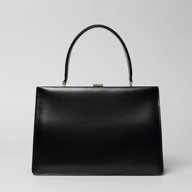 Mini Handbags, Black Handbags, Tote Handbags, Purses And Handbags, Cuir Vintage, Vintage Bags, Vintage Leather, Vintage Purses, Handmade Leather