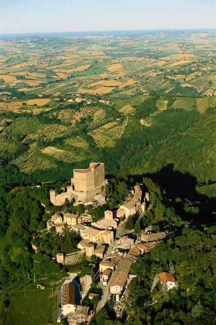 Montefiore Conca. La Rocca Malatestiana. The Malatesta fortress.  #castello #castelli #fortress #castle