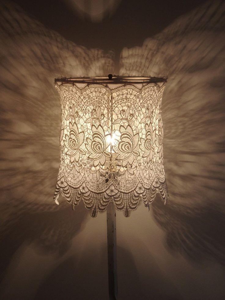 A no-sew DIY lampshade