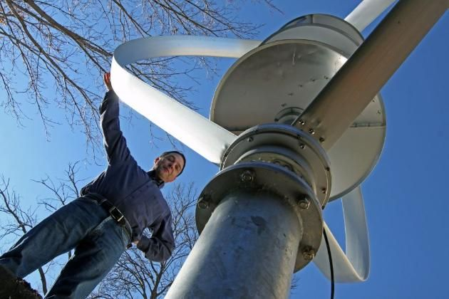 This Man Will go to Jail for 6 Months if He Doesn't Remove a Windmill from his Own Property