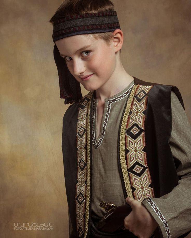 Տարազ- Armenian National Clothing Foto Atelier Marshalyan - Yerevan Armenia