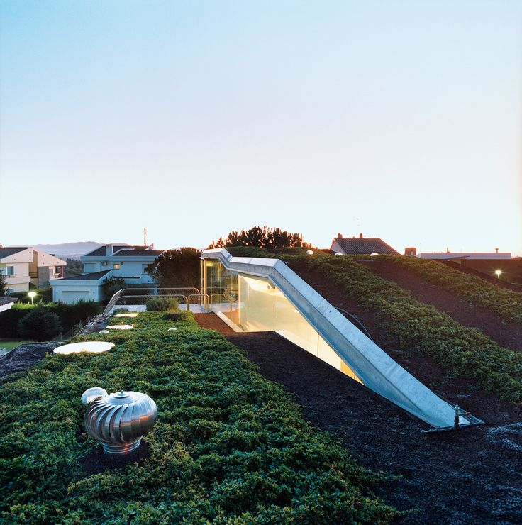 Enric Ruiz-Geli's firm Cloud9 designed the suburban house of the future—it also happens to be sustainable.