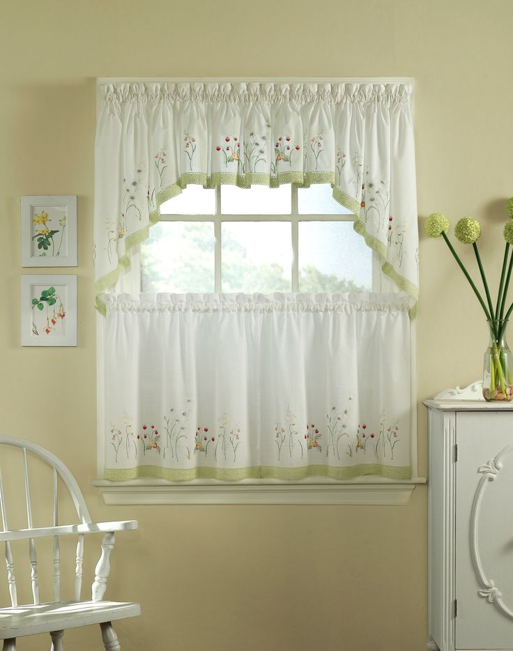 Exceptional The 25+ Best Half Window Curtains Ideas On Pinterest | Kitchen Window  Curtains, Cafe Curtains Kitchen And Kitchen Window Decor