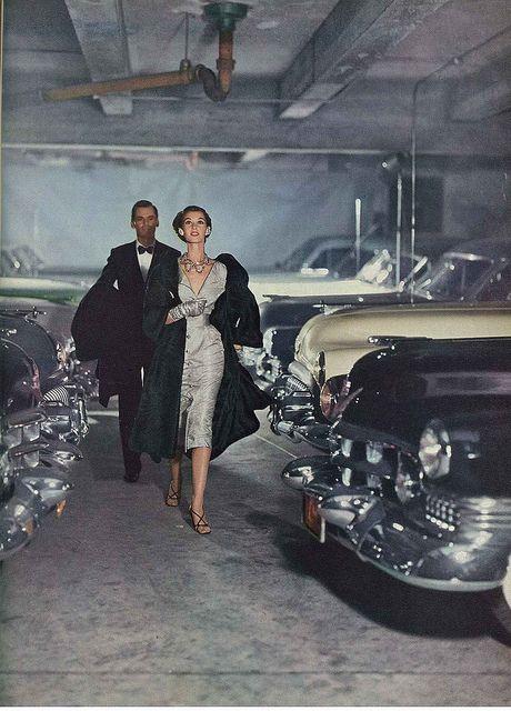 hoodoothatvoodoo:    By John Rawlings for Vogue 1952