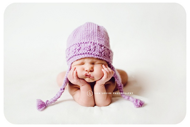 Love this newborn shot. Look at that squishy face!  #Lisa Louise Photography